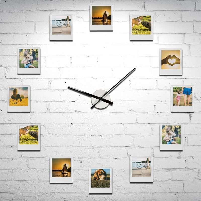 zegar impresjonistyczny z 12 ramkami na zdjęcia